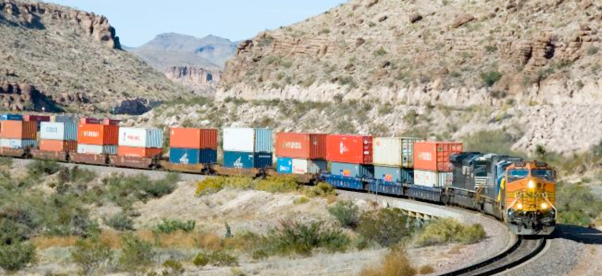 More Businesses Are Shippin Intermodal